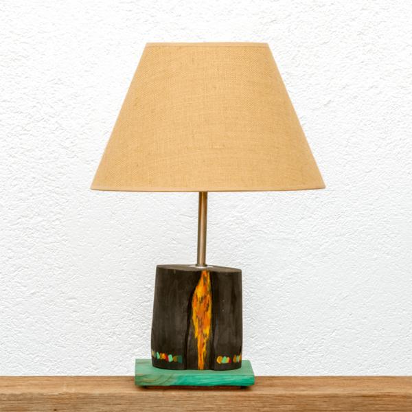 Lámpara Amazonas - Lámpara de mesa, de madera de Paulownia pintada con motivo ciprés con óleos y base de castaño teñida en verde yolpiq/016-dn