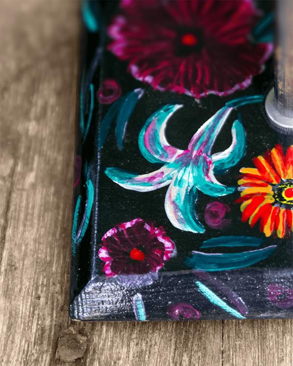 Lámpara Flores detalle de la Base de Lámpara de madera de mesa, de madera de Castaño pintado Flores con óleos Yolpiq/068 - dn