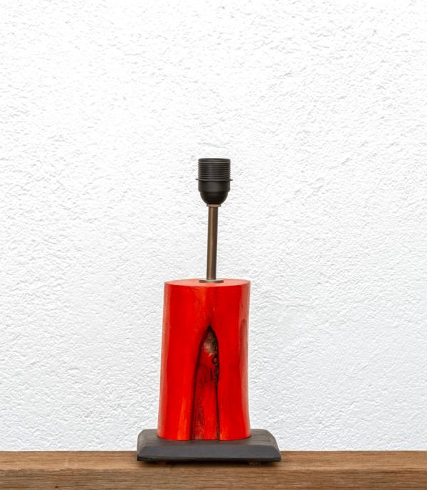 Lámpara Fuego-base de Lámpara Yolpiq/006 de madera de Paulownia tintada en naranja sobre Base de madera de Castaño en negro - dn