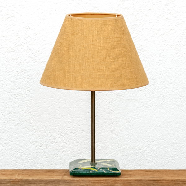 Lámpara Maíz - Exclusiva Lámpara Maíz de mesa de madera de Castaño pintado con óleos y barnizada, pantalla tela saco -Yolpiq/067 -dn