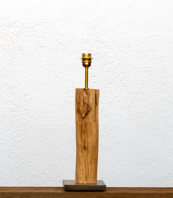 Lámpara Mediterráneo-base de madera de Enebro, Lámpara de mesa artesanal - Yolpiq/013-dn