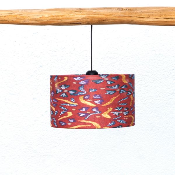 Pantalla Flores, Yolpiq-p8 - Pantalla cilíndrica de lino y algodón con motivos Flores estampados en rojo de Diseño Natural.