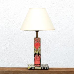 Lámpara Yol - Lámpara de mesa de madera de Paulownia totalmente pintado con motivos originales en tonos negro, naranja y amarillo - Yolpiq/043 -dn