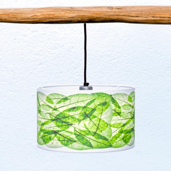 Pantalla Hojas verde - Pantalla Yolpiq-p16 - Pantalla cilíndrica de tejido natural (lino y algodón) y diseño Hojas color verde de Diseño Natural.