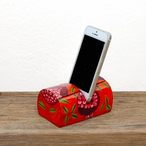 Troncomóvil naranja - pintado con dibujo de Granadas y móvil colocado - Diseño Natural.